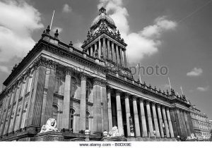 leeds-town-hall-west-yorkshire-b0dx9e